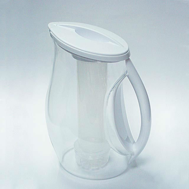Large Capacity White Plastic Cold Water Pitcher with Infuser