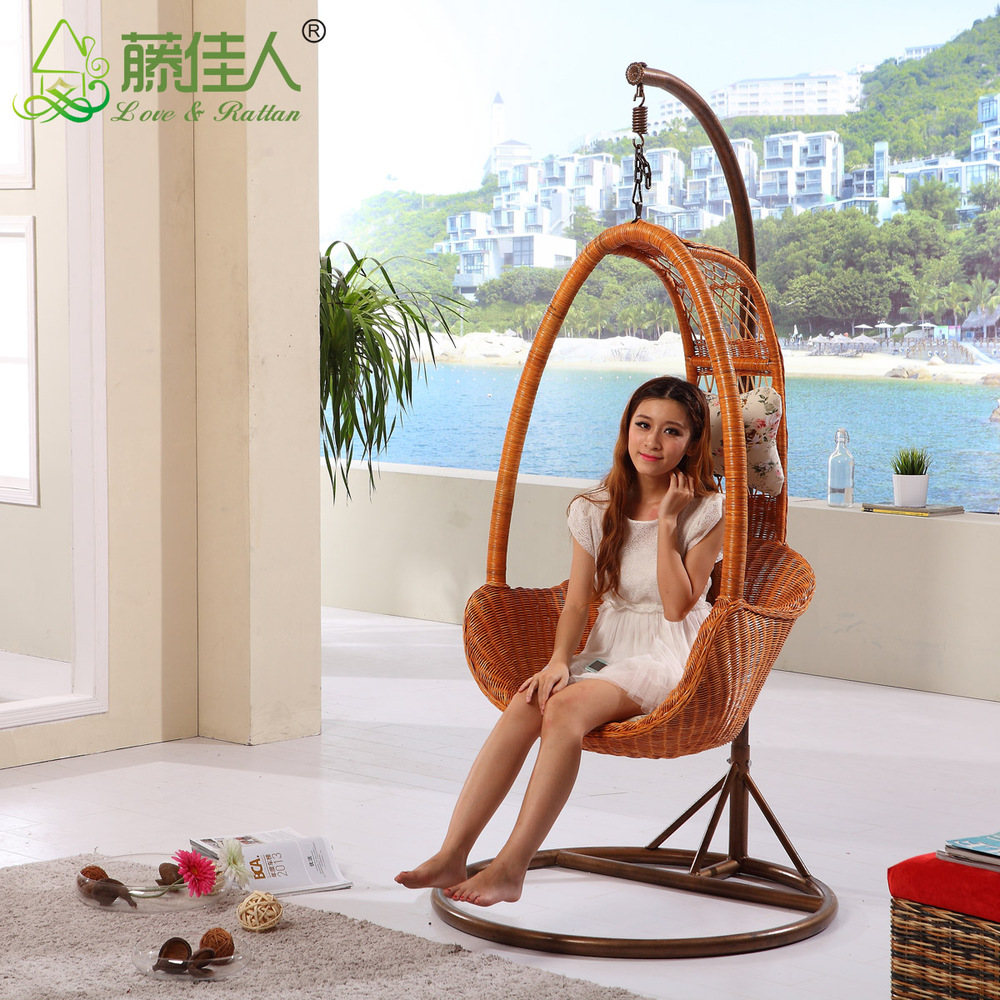outdoor rattan hanging chair