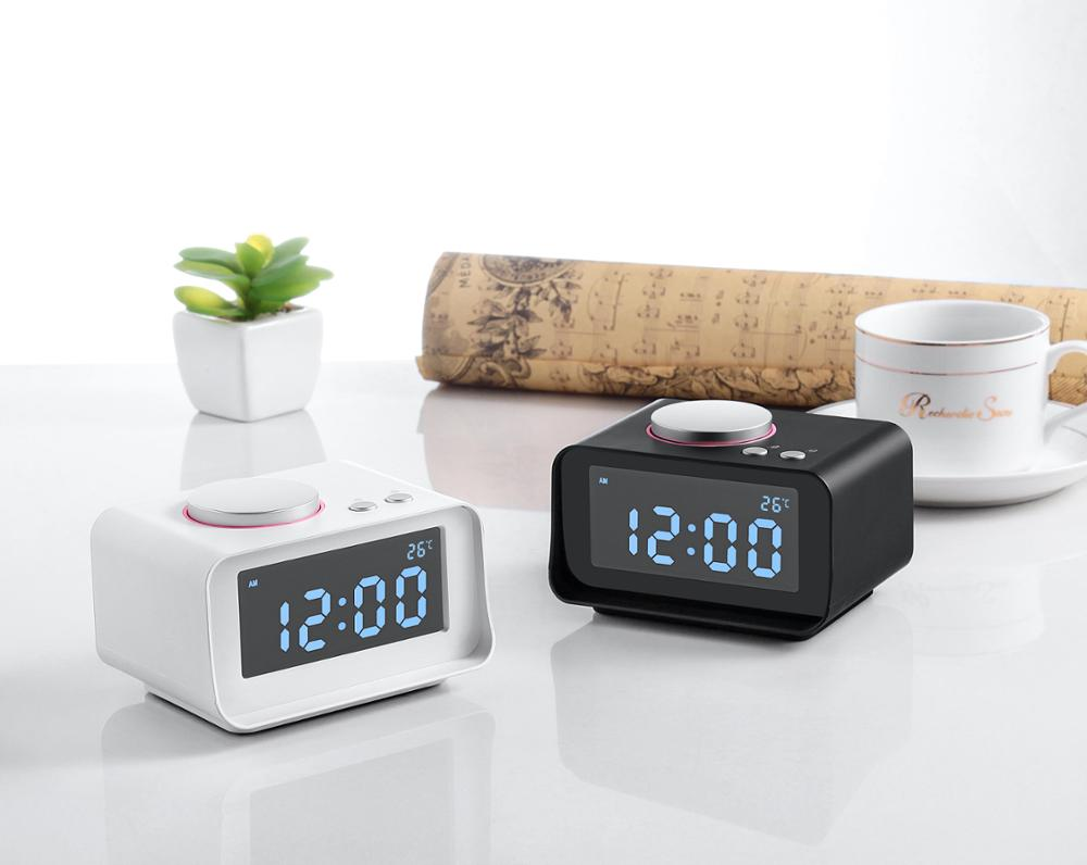 "Indoor FM Radio Alarm Clock with Dual(1.1A+2.1A) USB Charging Port AUX Audio 3.2"" LCD Screen Snooze Thermometer Function"