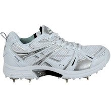 2018 adult cricket shoes spike sole professional cricket shoes high strength upper