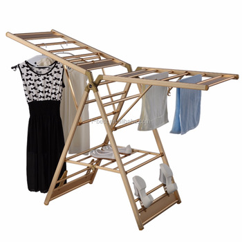 Foldable clothes drying hanger