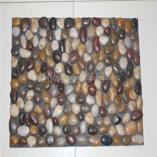 2015 hot sell grey granite cobble stone on mesh