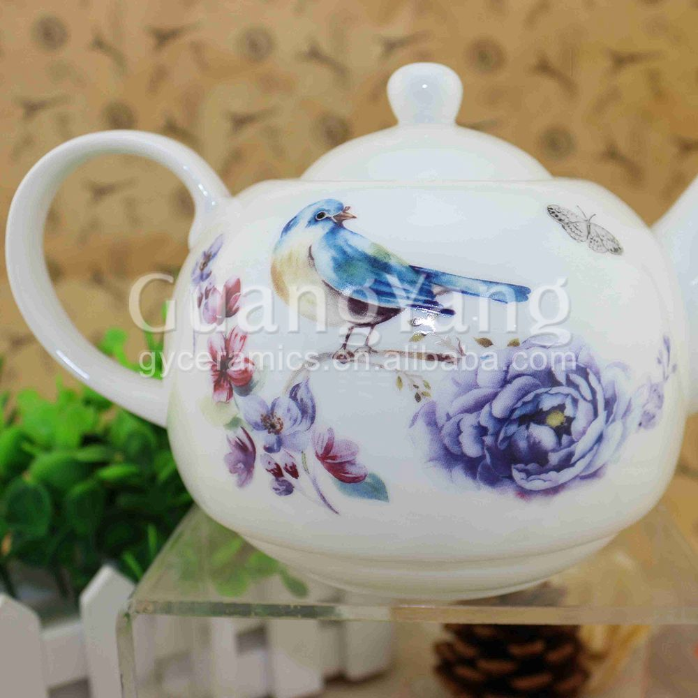 white porcelain Teapot Sets with decal design