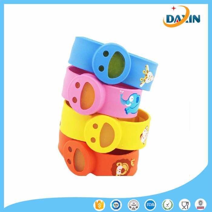 Wholesale smiling face printed silicone mosquito repellent wrist band