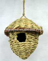 100% natural Bird Roosting pockets grass bird nest