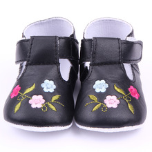 Factory sale summer toddler embroidered roses baby soft shoes