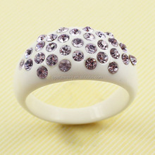 Factory Direct Wholesale Romantic Love Crystal Inlaid White Resin Finger Rings