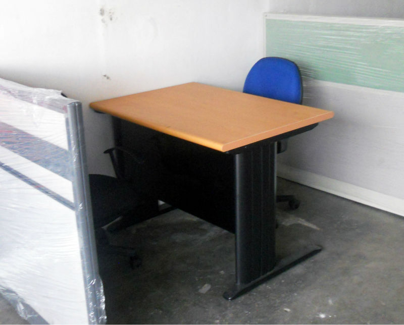Office Table/Freestanding table