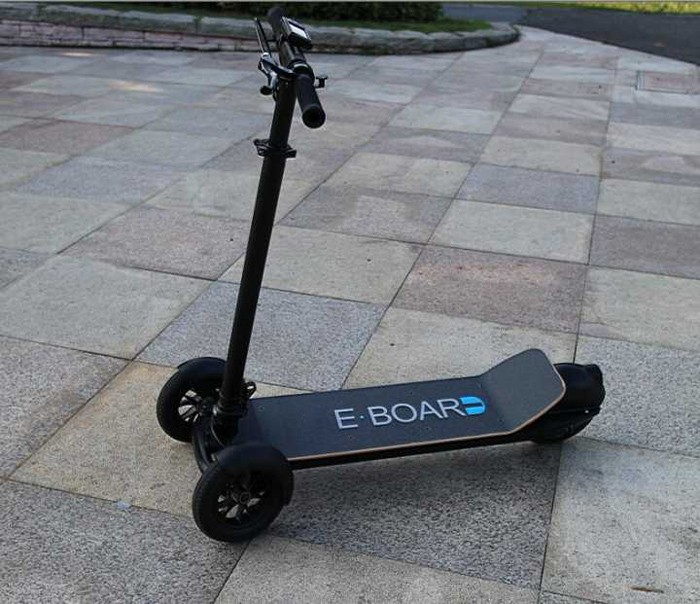 Factory direct supply self-balancing vehicle smart drift electric scooter 3 wheel