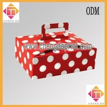 white dot cookie box packaging with handle for gift