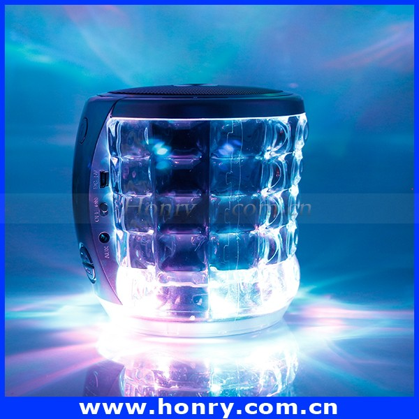 Mobile Phone Accessories Portable Water Cube Bluetooth Speaker with LED Light