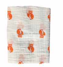 120*120CM Orange goldfish patterns animal baby muslin swaddle blanket supplier