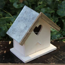 Small cheap wooden bird houses with metal waterproof roof