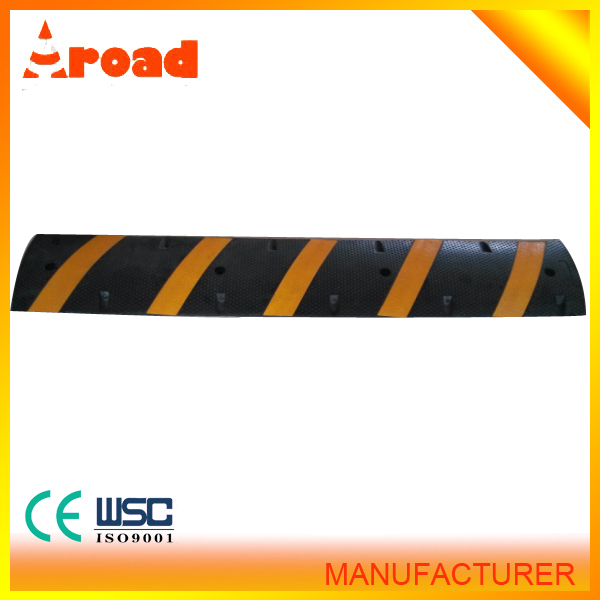 2015 hotsale good quality yellow(black) rubber speed bumps for sale one way speed bump crumb rubber for sale mesh crumb rubber
