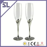 Customized Elegant with Crystal Decoration Wedding Champagne Flutes Glass Glow Champagne Glass Shaped Stem Wine Glass