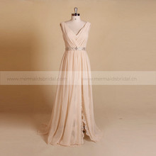 Simple Style V Neck Lace Chiffon Boho Wedding Dress With Detachable Belt