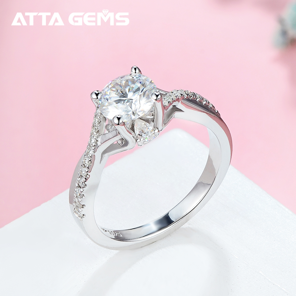 AliExpress Hot Sales Customized 925 Sterling Silver Solid 4 Claw Prongs Moissanites Diamond Engagement Wedding Ring