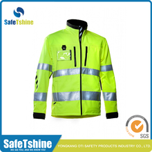 Cheap Price Fluorescence Color Waterproof Softshell Jacket