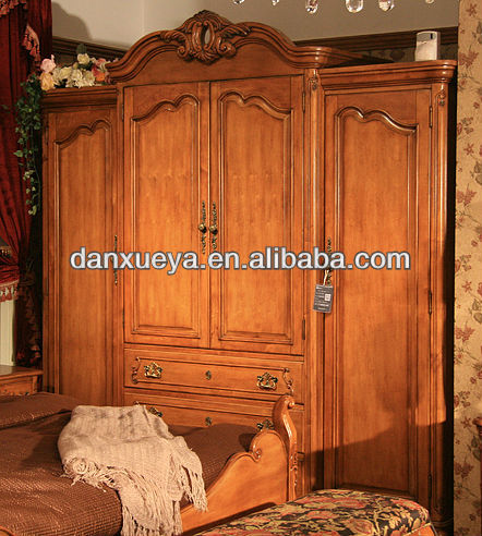 2013 Solid wood carving antique furniture four door wardrobe