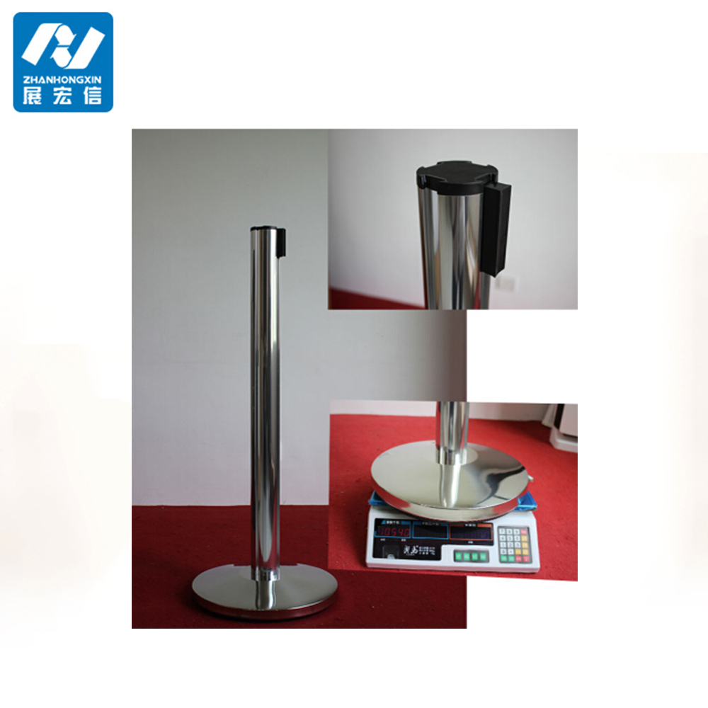 Retractable belt crowd control aluminium stanchions