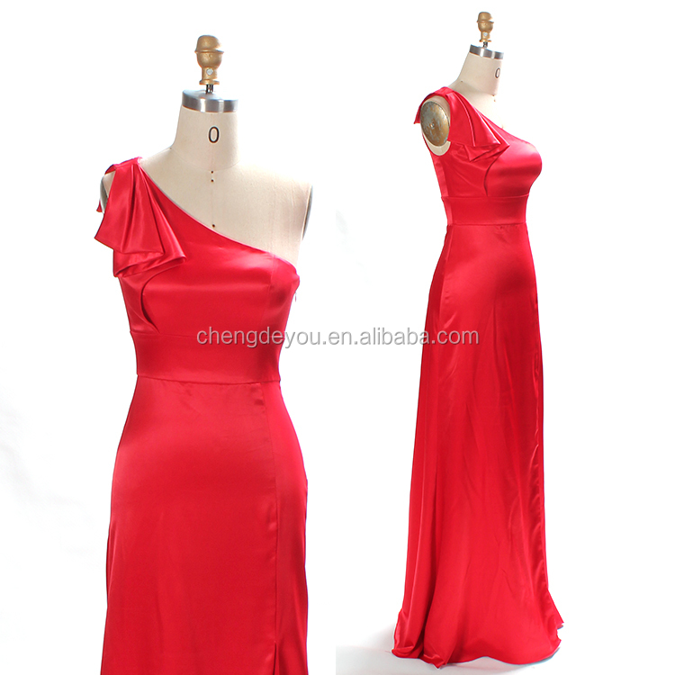 Elegant slim lady one shoulder silk formal evening dress with slit
