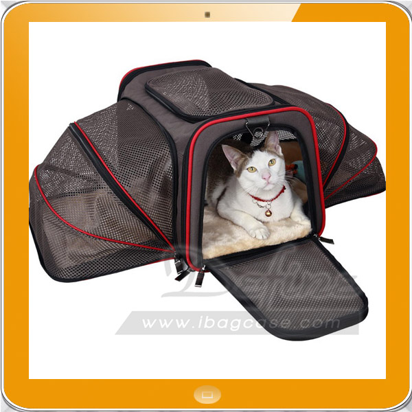 Airline approved expandable soft-sided wholesale pet carrier