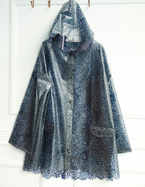 Raincoats Manufacturer For Fashion TPU Raincoat Woman Lace Printing