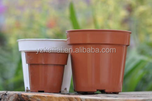 plastic garden containers for plants