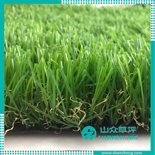 Synthetic artificial grass/turf Carpet and Mat creating a beautiful landscaped garden