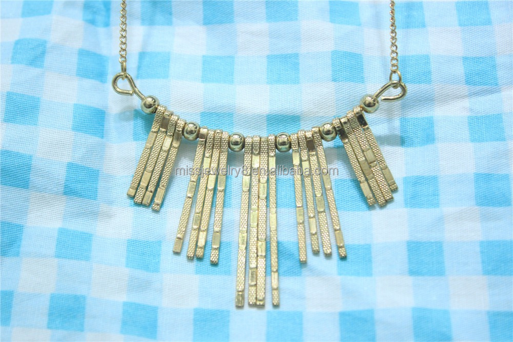 Fashion Gold Plated Different Size Bars Metal Pendant Necklace Textured Bars Tribal Necklace Simple Short Chain Necklace Jewelry