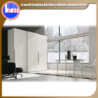 Zhihua custom made sliding door closet hotel furniture high gloss lacquer glass bedroom wardrobe