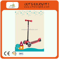 Christmas gift 125mm wheel kids pedal kick scooter for wholesale