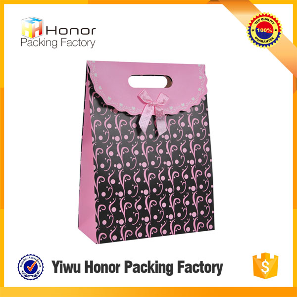 China supplier new products hot selling on alibaba magic stick closure top quality simple retail paper gift bag