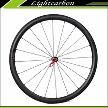 Lightweight Carbon Wheels 240S-330C Wholesale Carbon Clincher/Tubeless Road Bike Wheels Profile 33mm with DT240 Hubs 700c Wheels