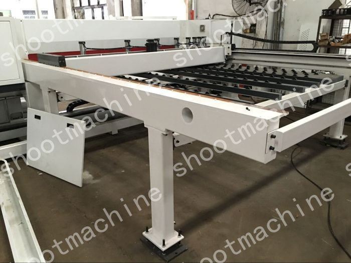 COMPUTER PANEL SAW SH330B with Max. cutting length 3280mm and Max. cutting thickness 90mm