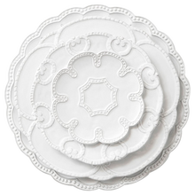 Good quality 4pcs embossed wedding dinner set ceramic restaurant &hotle used tableware set plates hot-selling
