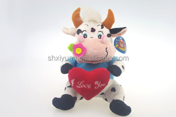 Stuffed soft with heart plush toys cow from china