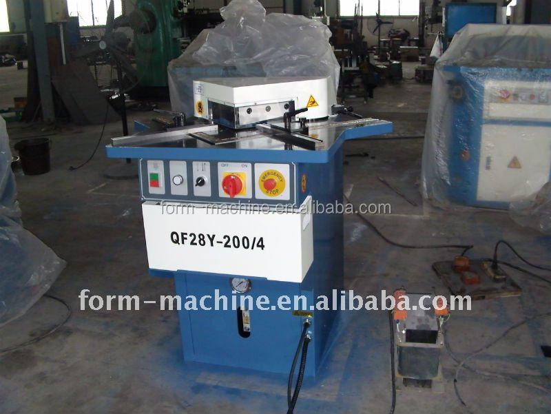 China suppliers hydraulic fixed angle corner notching machine from Shanghai factory