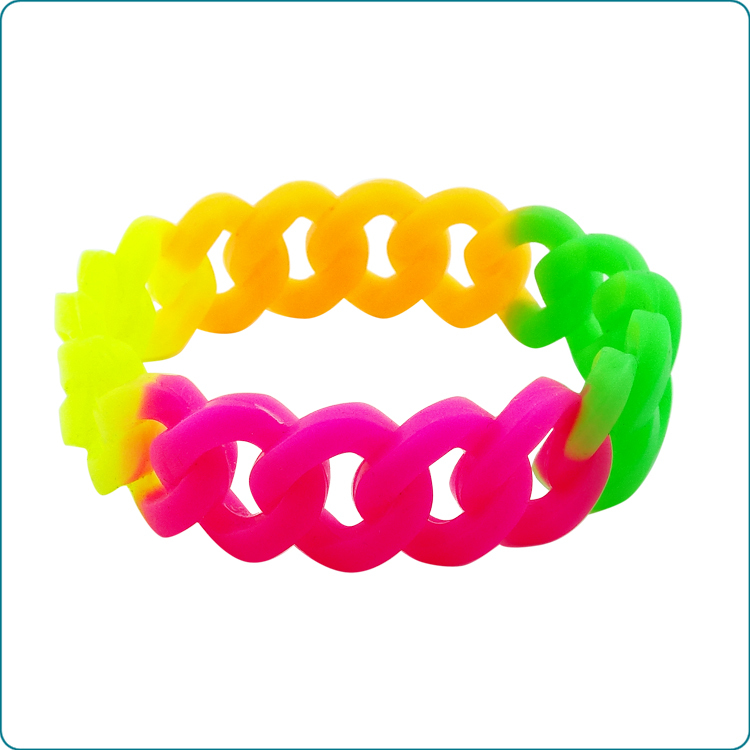 Cusotom silicone bracelets promotion gifts silicone wristband