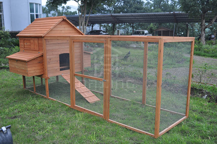 Large Wooden Poultry  Chicken Coop Hen House With Large Extra Run