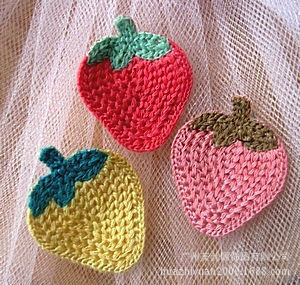 2015 popular designed crochet strawberry for kids garment