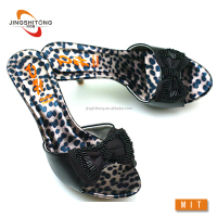 girls and ladies fashionable chappal low price wholesale