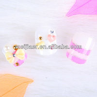 soft flower and acrylic rhinestones nail tip