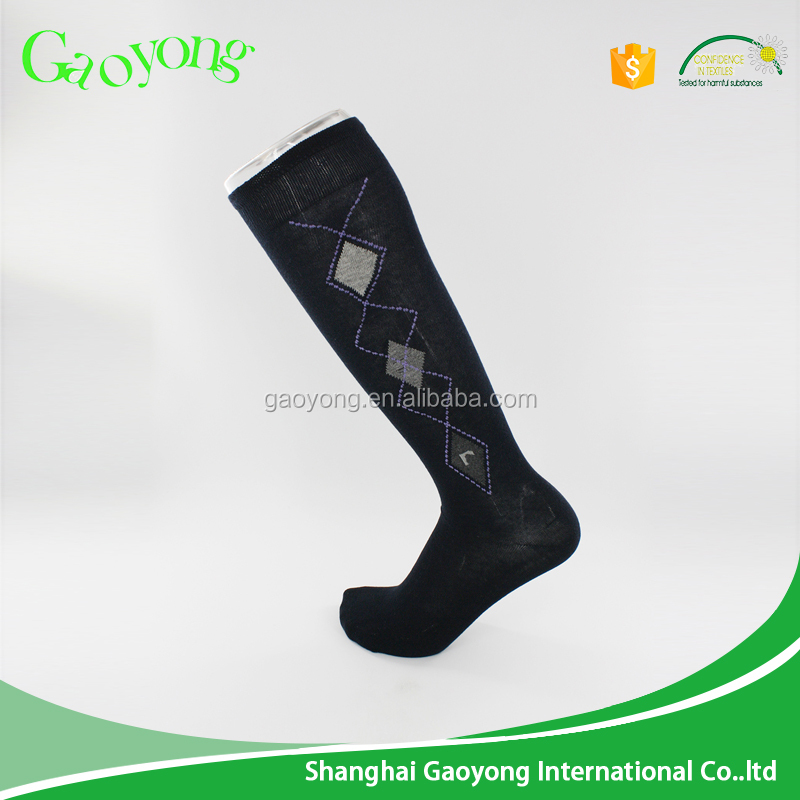 Fast supply speed man knee high sock manufacturer