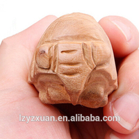 China manufacturer Wood Figure Carving with Great Price