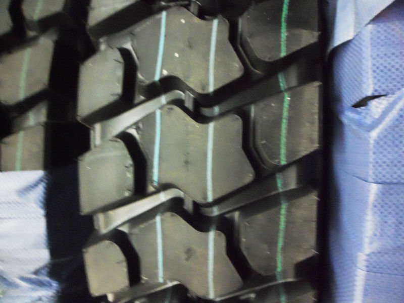wanted truck tires 1000R20 for driving axle wheel