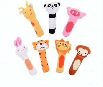 Contain BB Squeaker Hand Bells Plush Lion Animal Shaped /Soft Baby Rattle Ring Band Toy for baby
