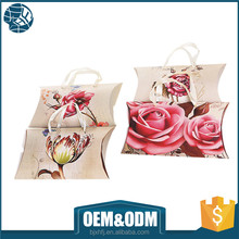 OEM colorful card paper gift pillow paper packaged box with stain handle
