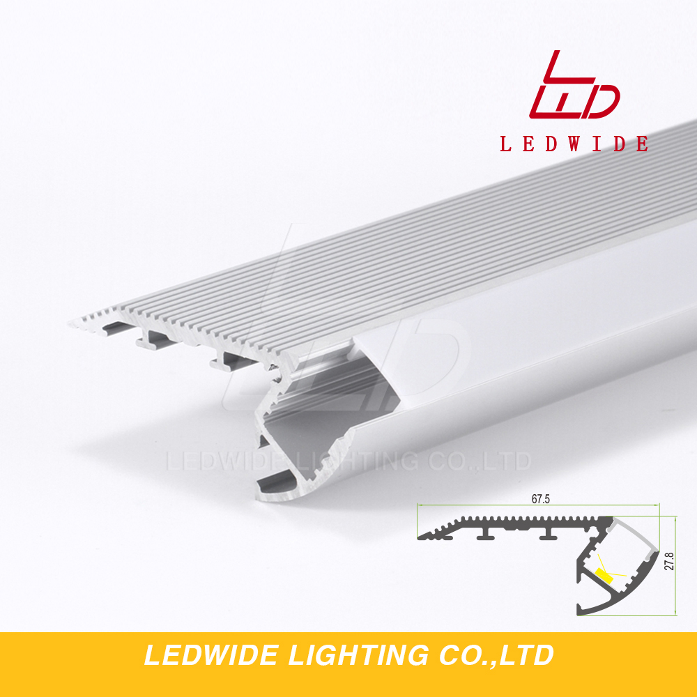 IP44 rating 2 lamp series stair aluminium channel for cinema and theater step lighting