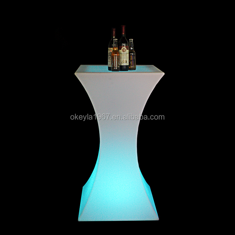 New promotional ideas 2016 square high top cocktail plastic led bar table
